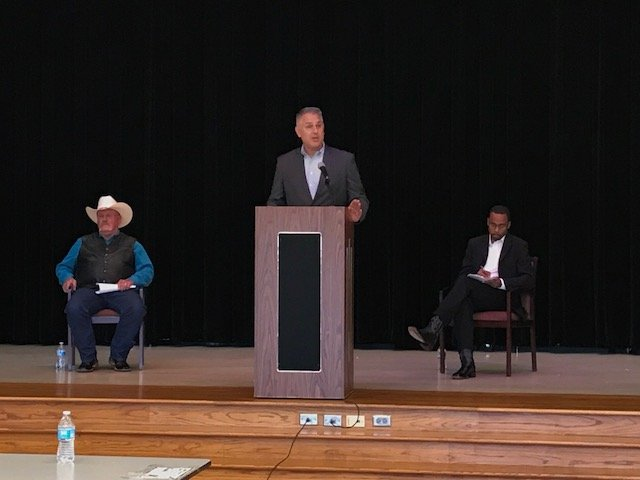 Angry Riley snaps bizarre admissions, quips during Precinct 2 Commissioner debate with challenger Parker