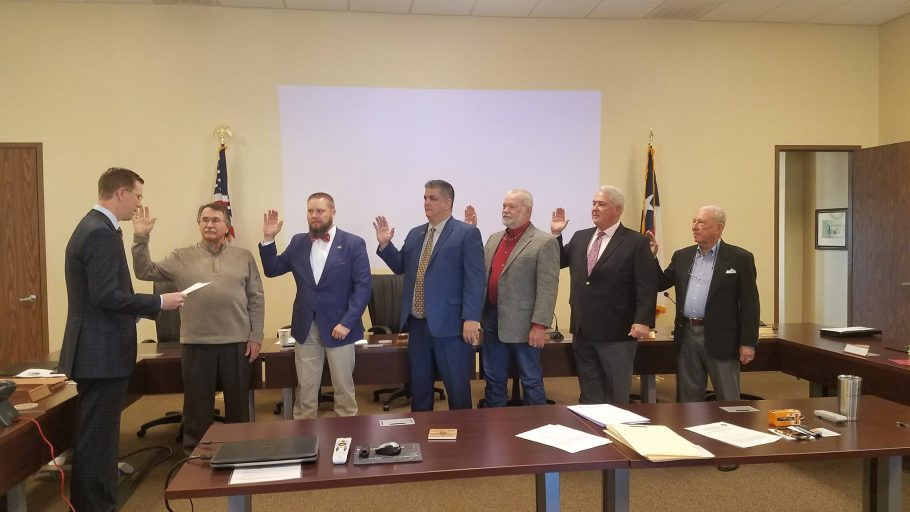 Lone Star Groundwater Conservation District adopts lower spending budget, reduces groundwater pumpage fees, while Director Hardman slams San Jacinto River Authority for raising water prices