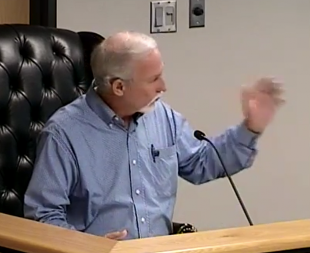 Montgomery County Commissioner Metts loses cool during Court meeting, attacks The Golden Hammer, tries to pass of lie that he, Riley, Meador didn't vote to raise taxes