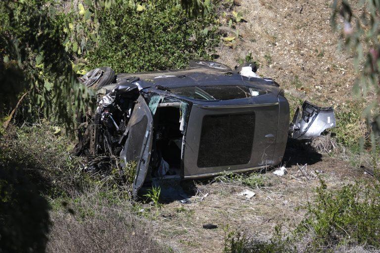 BREAKING NEWS! Tiger Woods seriously injured in California car crash